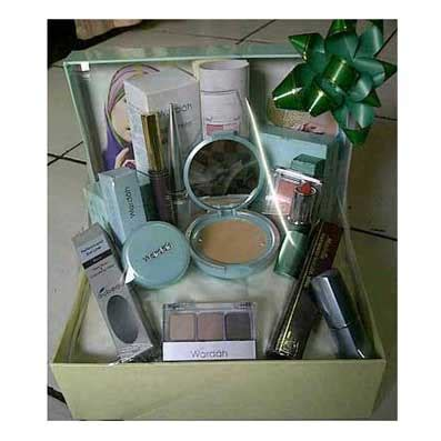Make Up Kit Wardah make up satu set untuk seserahan makeup nuovogennarino
