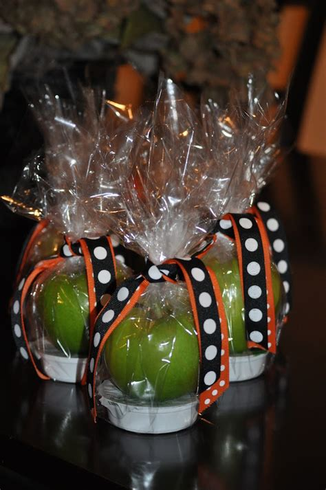 halloween themes for coworkers halloween dessert ideas page 19 of 22 smart school house