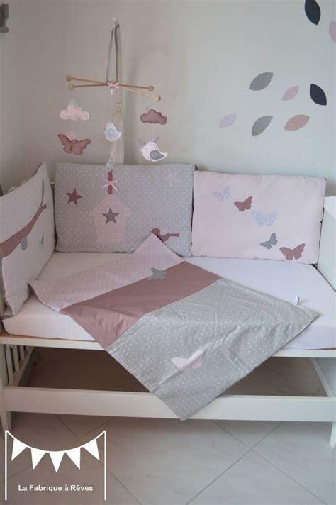 chambre bébé papillon chambre bebe et gris