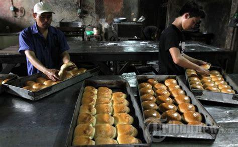 Usaha Kecil Menengah Jagung Jasuke Dan Roti Lezat pajak ukm bakal gerus laba pengusaha kecil tribunnews