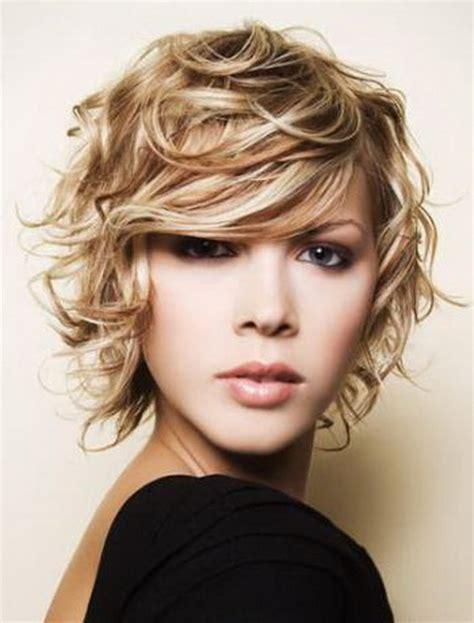 choppy haircut with curly hair cute curly hairstyles for cute hairstyles for medium short hair