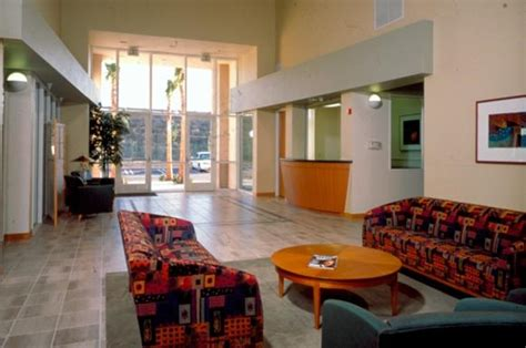 cheap 1 bedroom apartments in orange county irvine inn apartments 2810 warner avenue irvine ca