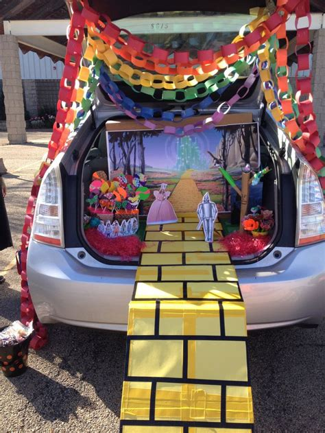 Trunk or Treat: Land of Oz   Wizard of Oz trunk or treat ... Halloween Crafts For Kids Ghosts