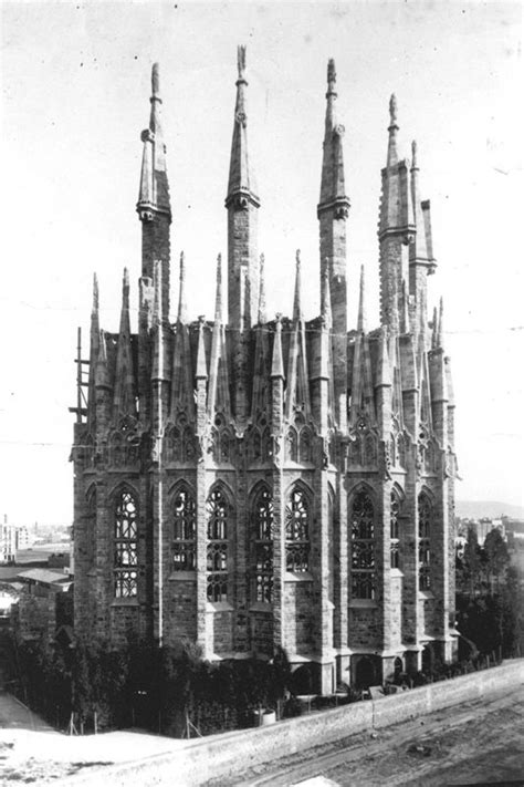 Basilica de la Sagrada Familia's timeline #