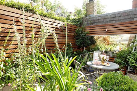 patios y jardines peque 241 os dise 241 o con macetas