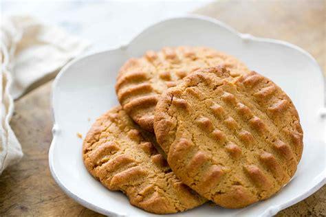 easy peanut butter cookies homemade simplyrecipes com