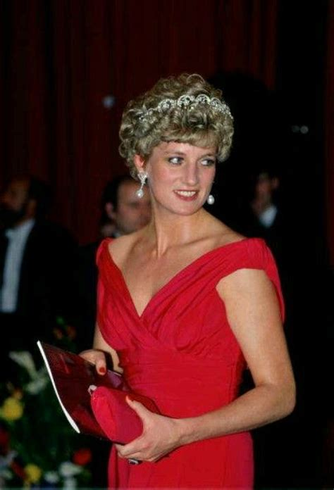 biography lady diana in english 17 best images about princess diana on pinterest lady