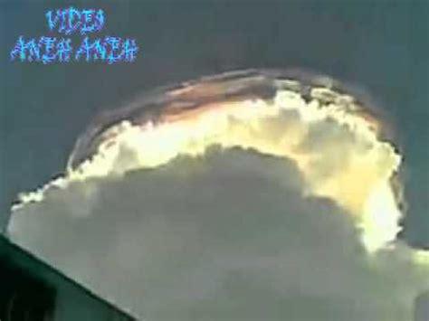 video awan aneh  dunia kejadian aneh tapi nyata awan