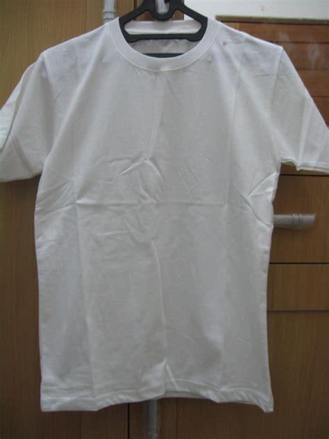 Kaos Putih gambar grosir kaos polos baju distro oblong kerah shirt