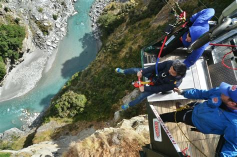 new zealand biggest swing world s largest canyon swing shotover river new zealand