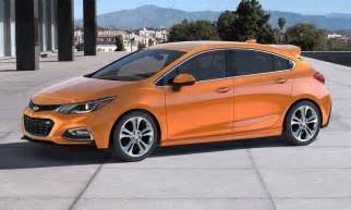 2017 chevrolet cruze hatchback is practical and stylish