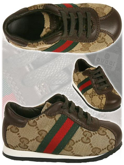 gucci clothing and shoes 2011