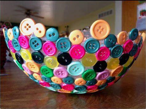 Modge Podge Crafts For Kids - أعمال يدوية بالأزرار حواء
