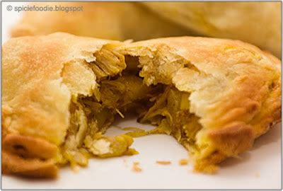 Chicken Curry Puff spicie foodie spicy foodie learn to cook ethnic