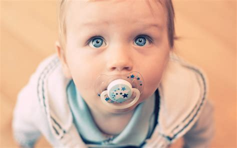 baby wallpaper blue eyes cute baby looking with beautiful blue eyes ace wallpaper