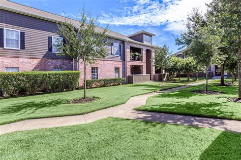 kingsgate apartments in beaumont tx