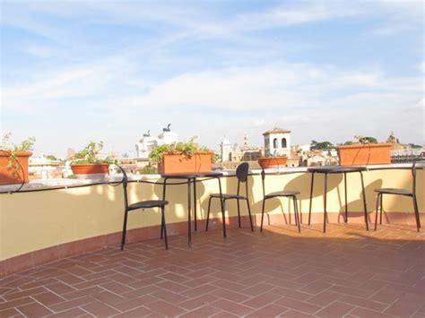 affittasi location terrazza panoramica sui tetti di roma
