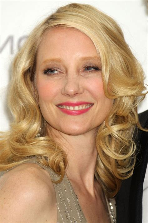 anne heche hairstyles anne heche shoulder length blonde wavy curly hairstyle for