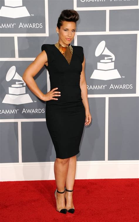 Which Grammy Look Was Most Fab by Grammy Fashion Top 5 Most Fab On The 2012 Grammy Carpet