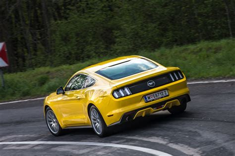 Mustang Auto Test by Test Ford Mustang Fastback 2 3 Ecoboost Aut Alles Auto