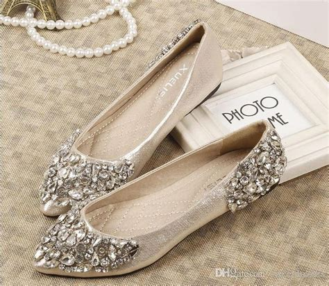 Wedding Shoes With Bling by Best 25 Rhinestone Wedding Shoes Ideas On