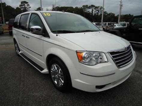 Chrysler Town And Country Specs by 2010 Chrysler Town Country Limited Data Info And Specs
