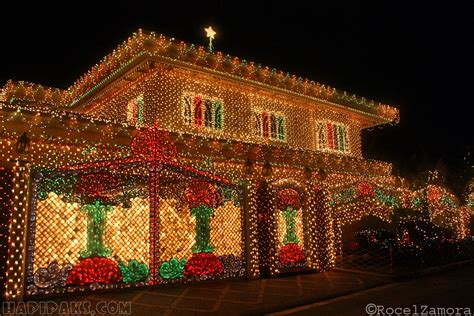 15 Incredible Houses Decorated For Christmas Whoville | 15 incredible houses decorated for christmas whoville