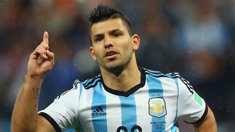 aguero best soccer player haircuts manchester city s sergio aguero back in training footy