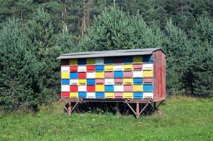slovenian mobile beehouse branko habjah honey bee suite