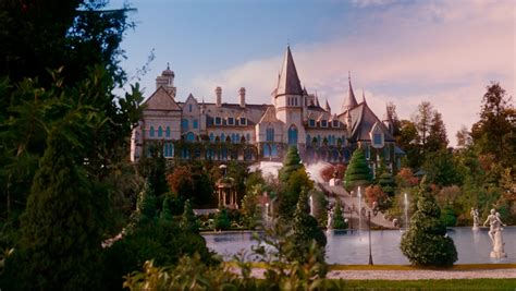 the gatsby mansion gatsby s house the great gatsby pinterest gatsby and house