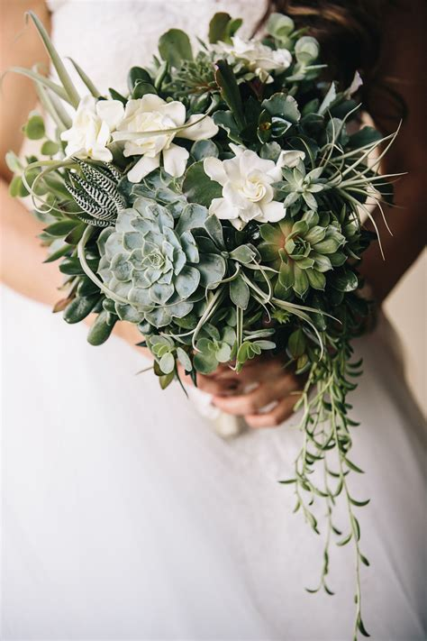 Wedding Bouquet With Succulents by Wedding Trends Different Ways To Use Succulents Inside