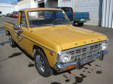 8 fort co ford courier 290px image 8