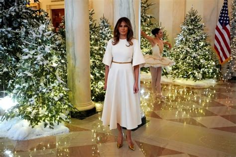 trump white house decoration melania trump s white house christmas decorations will