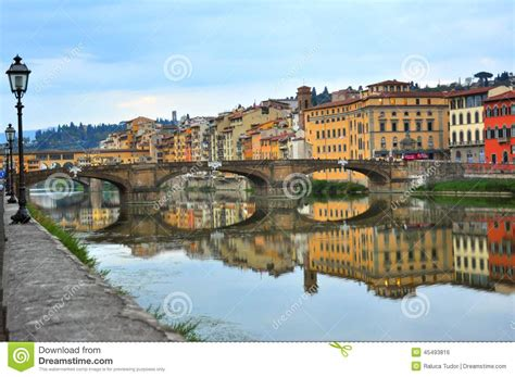 houses over water on ponte vecchio florence italy stock photo royalty free image 74147998 alamy bridges over arno river in florence italy stock photo