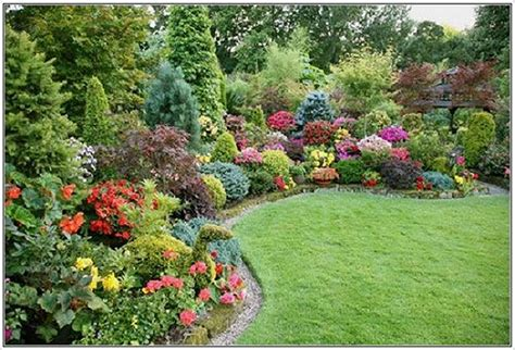 garden landscaping ideas pictures of landscape ideas for corner lot landscaping