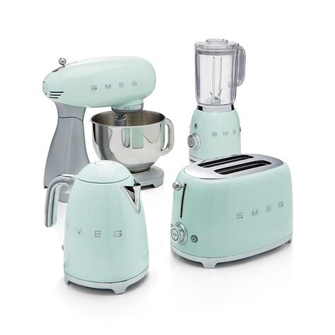 green kitchen appliances best 25 retro kitchen appliances ideas on pinterest