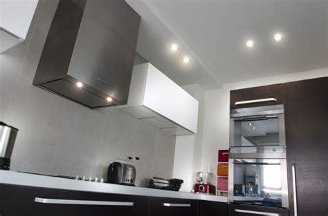 illuminazione cucina con faretti esempio di illuminazione con faretti ad incasso in una