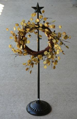 adjustable wreath stand with star adjustable wreath stand
