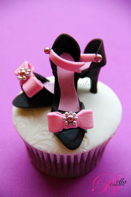 Cupcakes Served By A Fashionista by 17 Best Images About Fondant Shoes On Shoe