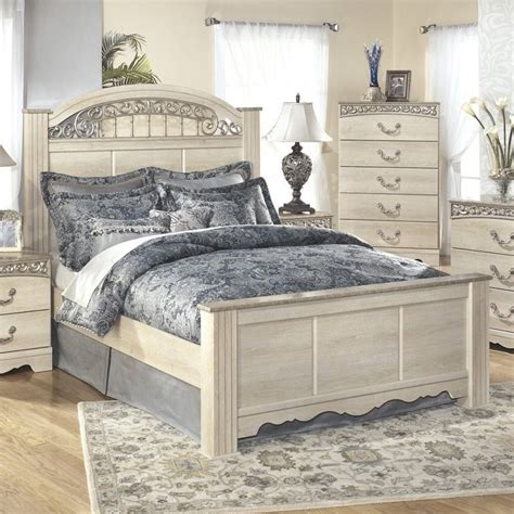 white wood queen bed ashley catalina wood queen panel bed in antique white