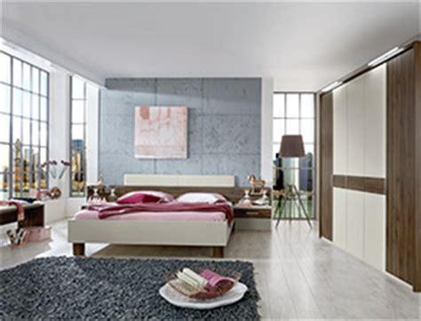 Bett Hinterwand by Schalfzimmer Design Wohindeen Schlafzimmer Designer