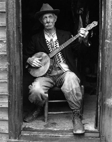 A Brief and Illustrated Look at Banjos | An, Pictures and Sons