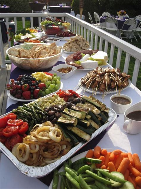 easy buffet food for a easy food so fresh and veggie tray on