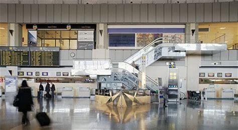 Auto Mieten Barcelona Airport by Mietwagen Valencia Flughafen G 252 Nstig Sixt Autovermietung