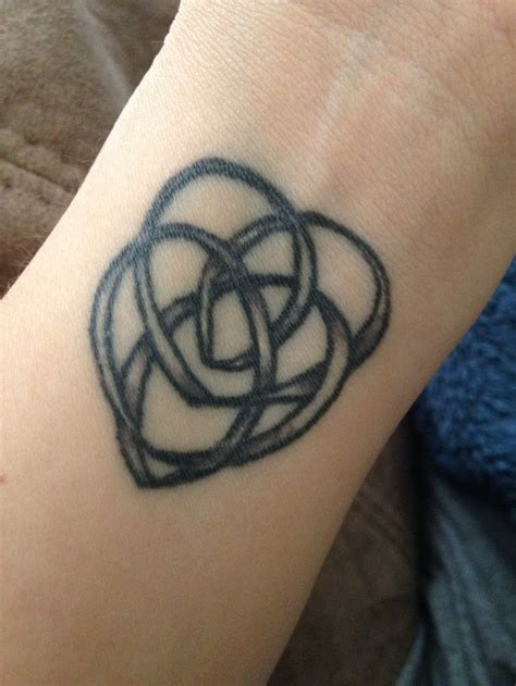 knot tattoo pinterest 13 best celtic knot tattoos images on pinterest celtic