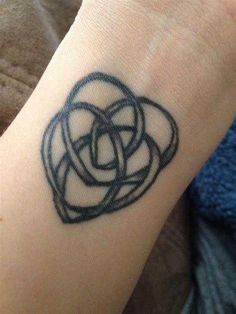 tattoo love knots 13 best celtic knot tattoos images on pinterest celtic