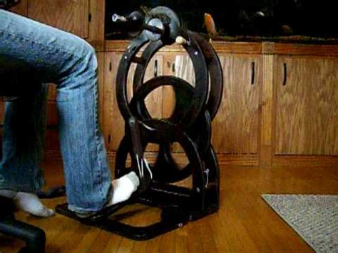 Handmade Spinning Wheel - diy spinning wheel how to make do everything