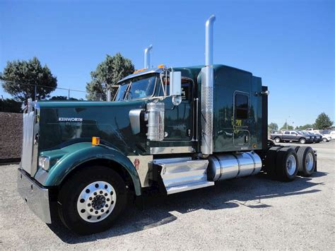 kenworth sleeper 2013 kenworth w900 sleeper semi truck for sale 429 000
