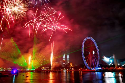 new year kl 2015 happy new year fireworks images celebrations 2017