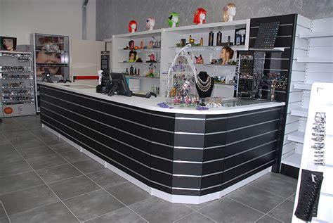 banchi per negozi espositori per negozi arredamenti negozi castellani shop